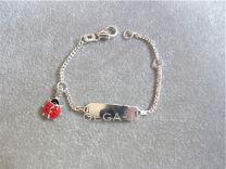 Plaat armbandje met kever rood 11 tot 13 cm