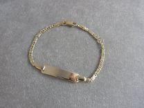 Baby naam armband met valkenoog schakeltje 9 tot 11 cm