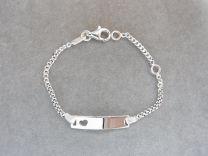 Plaat armbandje baby zilver met hartje 9 tot 11 cm